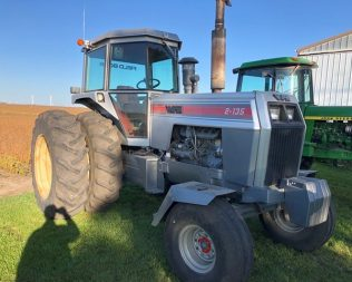 Larson Farm Equipment Auction – November 16